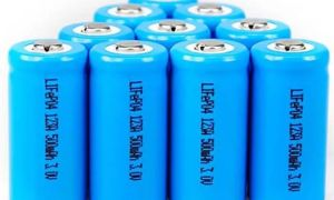 Что делать если потекла батарейка?
