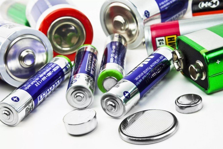 чем вредны батарейки