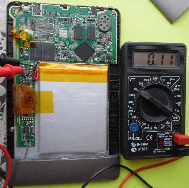 измеряем батарейку мультиметром