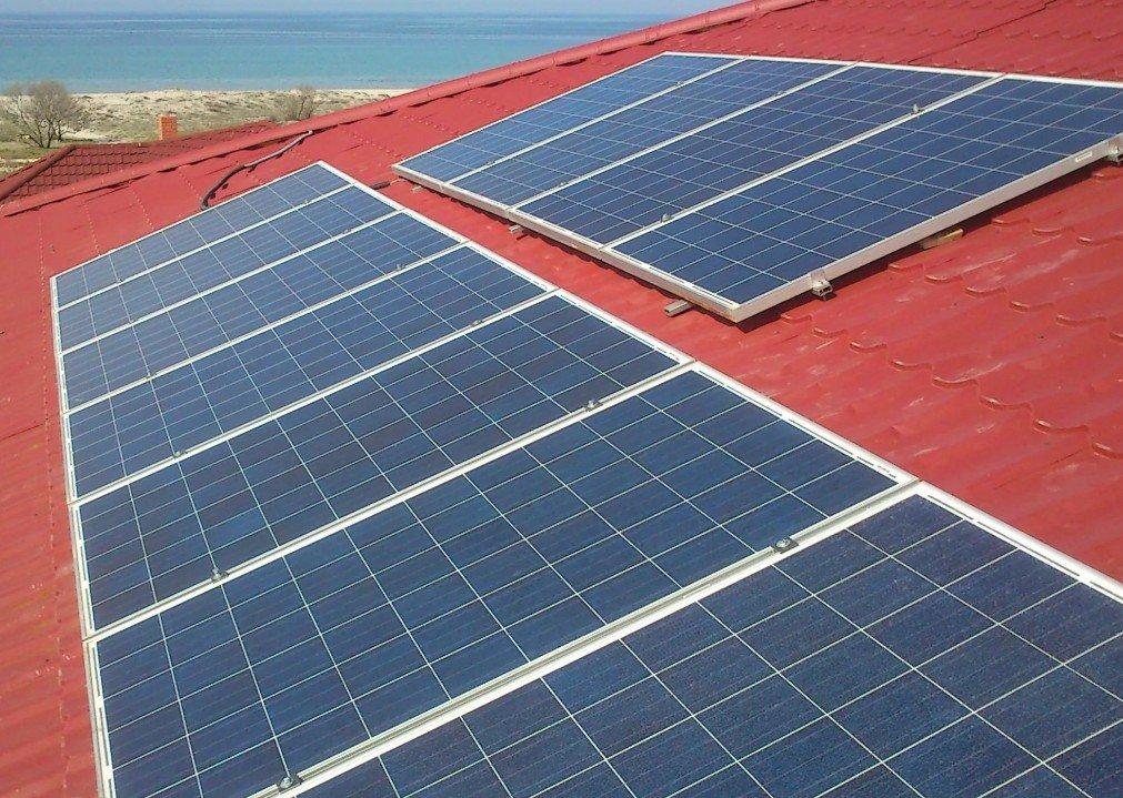 Солнечные панели на крыше